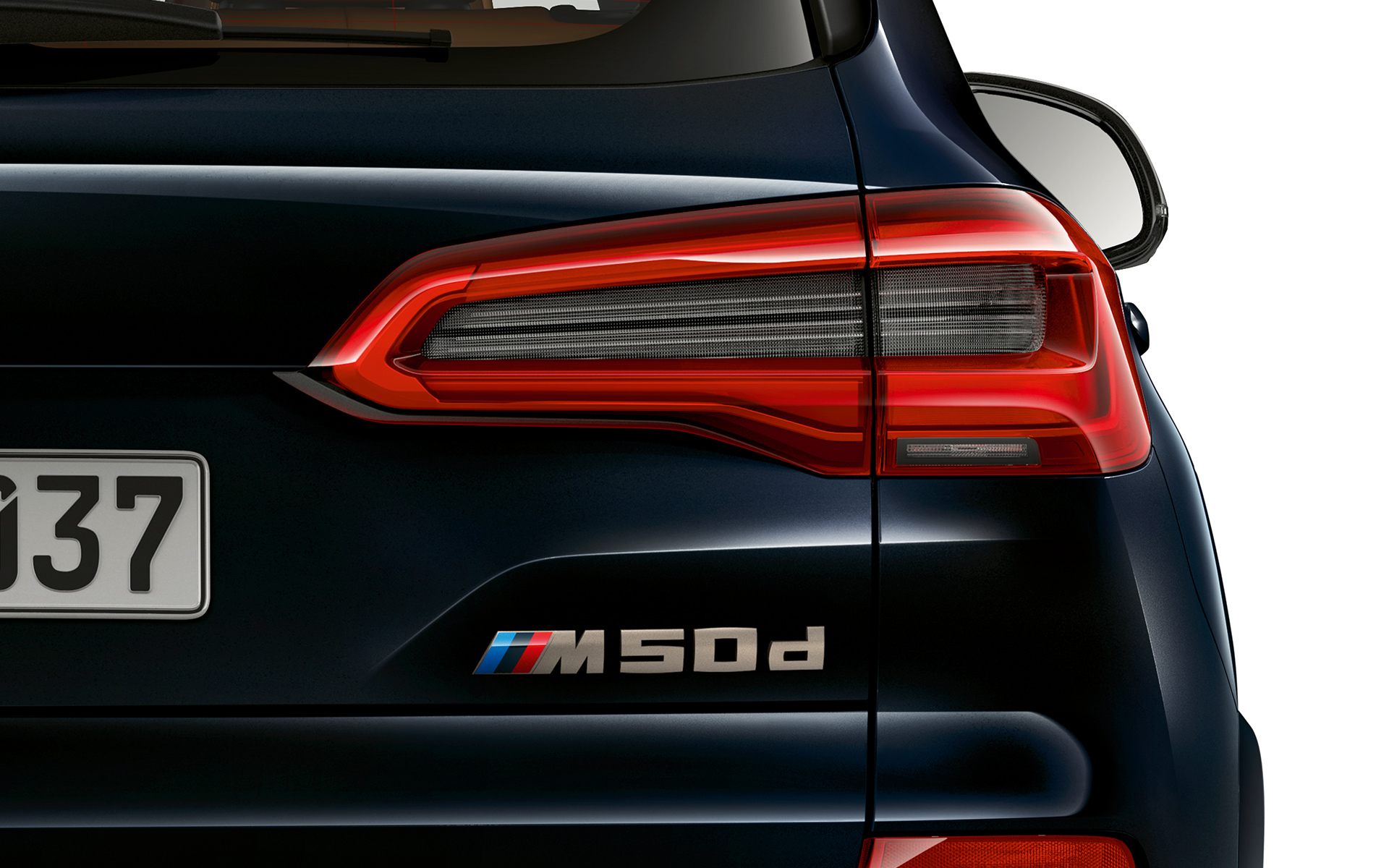 Modelaanduiding van de BMW X5 M50d in detail